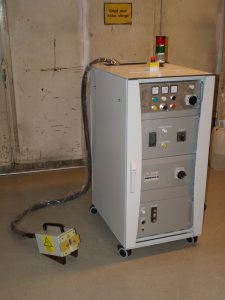 mobil-med-generator-och-kylsystem